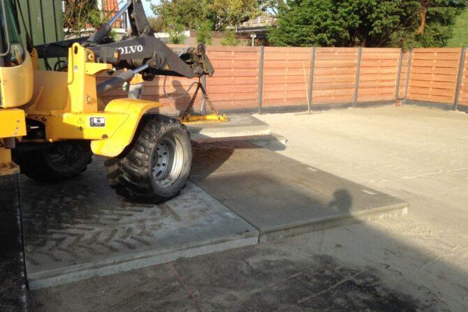 Aanleg en inrichting betonplaten bedrijfsterrein
