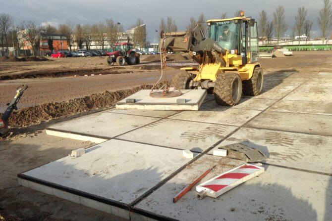 Aanleg fabrieksterrein betonplaten_Haarlem