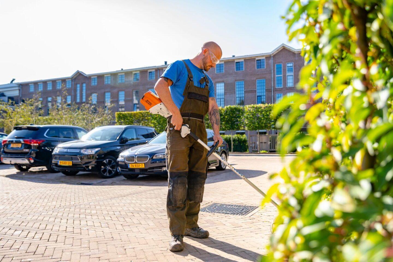 Beheer en groenonderhoud Rijksmonument onkruid verwijderen