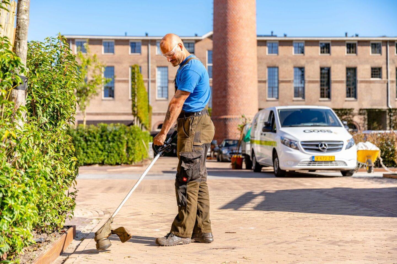 Beheer en groenonderhoud Rijksmonument onkruid verwijderen 2