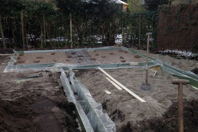 Bouw tuinschuur grondwerk