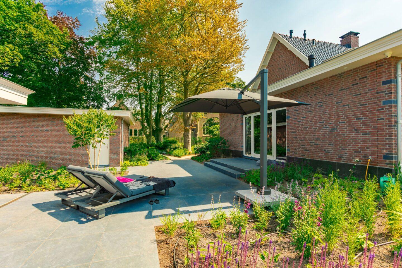 Bestrating achtertuin villatuin